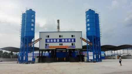 郑州混凝土搅拌设备/混凝土搅拌设备/混凝土搅拌设备厂家