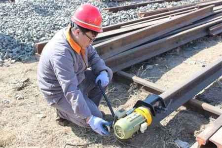 DM-1.1电动钢轨端面打磨机
